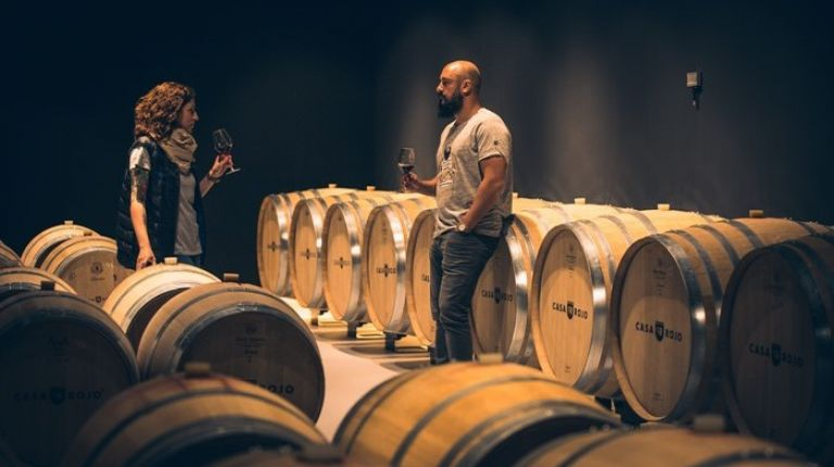 Casa Rojo, la bodega con enólogos itinerantes que selecciona vinos por todo el territorio español