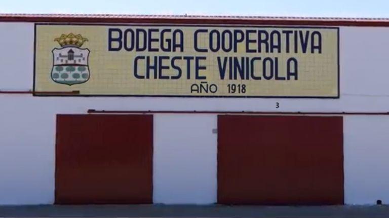 """La cooperativa Cheste Agraria estrena """"Las raíces de la memoria"""", un documental sobre sus 100 años de historia"""