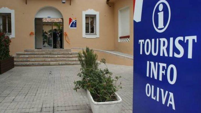 LA TOURIST INFO DE OLIVA AUMENTA UN 85 % LOS USUARIOS EN UN AÑO