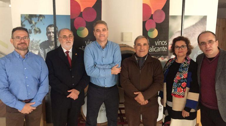 La Asociación de Sumilleres propone un concurso de vinos para DO Alicante