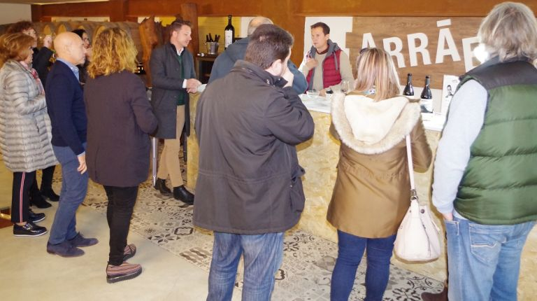 Font de la Figuera impulsa un proyecto de diseño sobre el mundo del vino